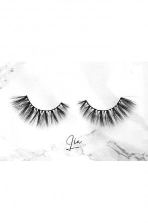L'amore Lashes ~ Luxury Silk Lashes ~ LIA