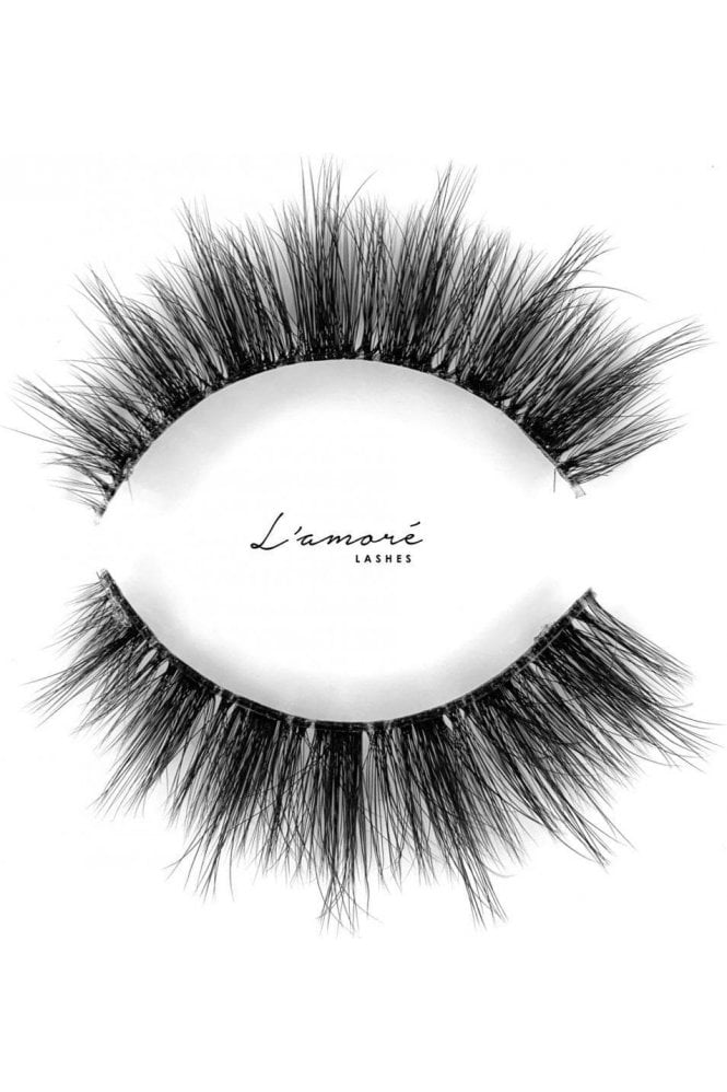 L'amore Lashes ~ Luxury Silk Lashes ~ SOPHIA